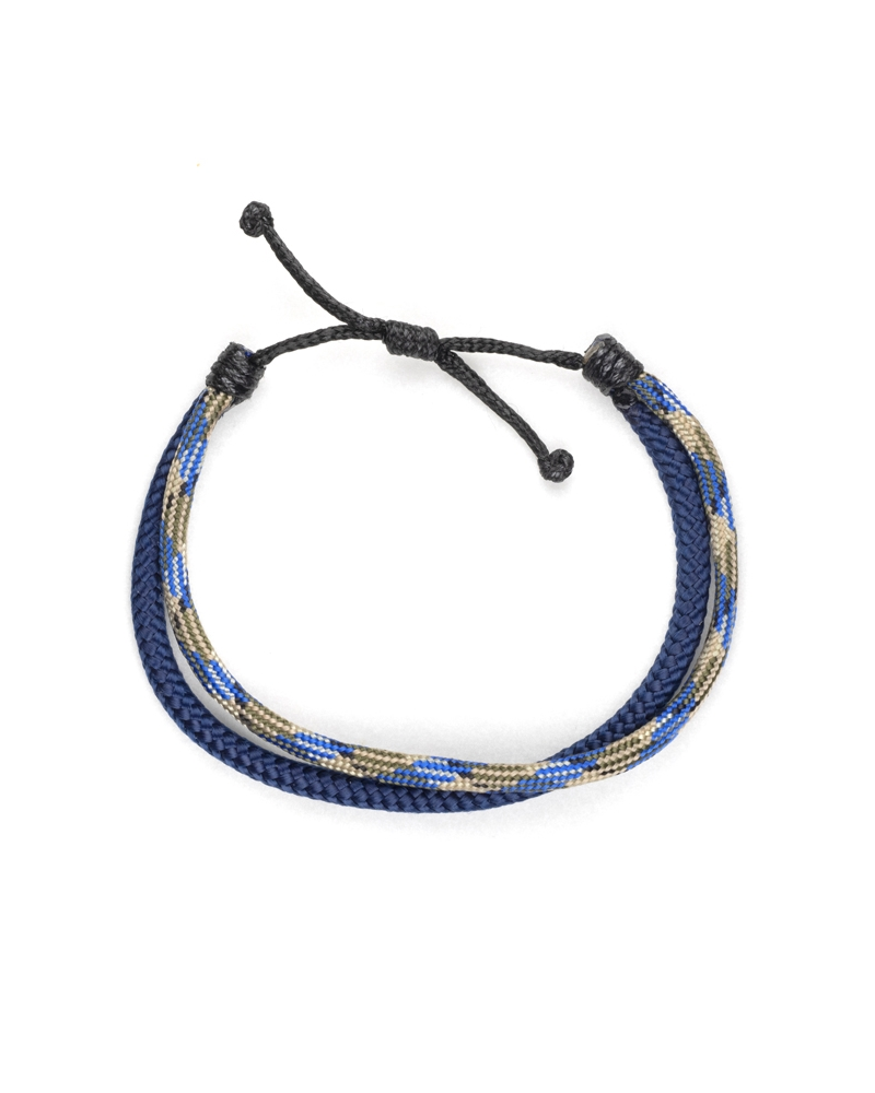 Blue Stain Paracod Bracelet with knot method and blue flavor