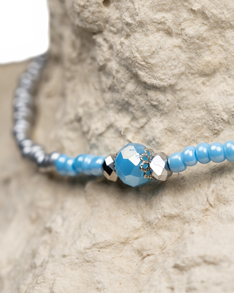 Blue Crown Beaded Choker made of silver sand beads and 3 crystals